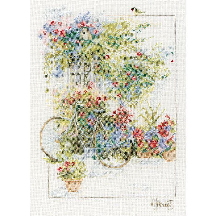 kit broderie point de croix fleurs et bicyclette. Black Bedroom Furniture Sets. Home Design Ideas