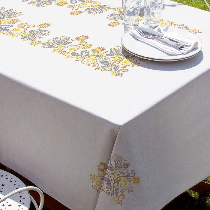 Serviette de table Charme imprimée Point de Croix Margot 9098 - Broderies & Cie